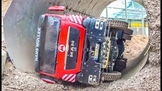 RC Trucks in Action, Truck stuck and CRASH in the tunnel!