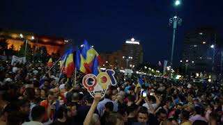 Grenade cu gaze lacrimogene - Protest Romania Bucuresti 10 August 2018