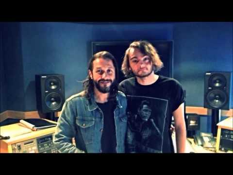 Radio Cardiff - Morgan Richards Interviews Grant Nicholas of Feeder