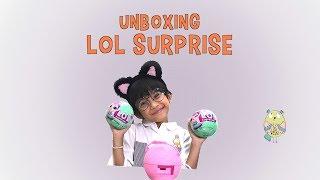 Unboxing LOL SURPRISE Doll
