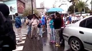 En Parque Cristal hasta los conductores de unieron al Trancazo protestando contra constituyente
