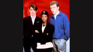 Watch Style Council I Am Leaving video