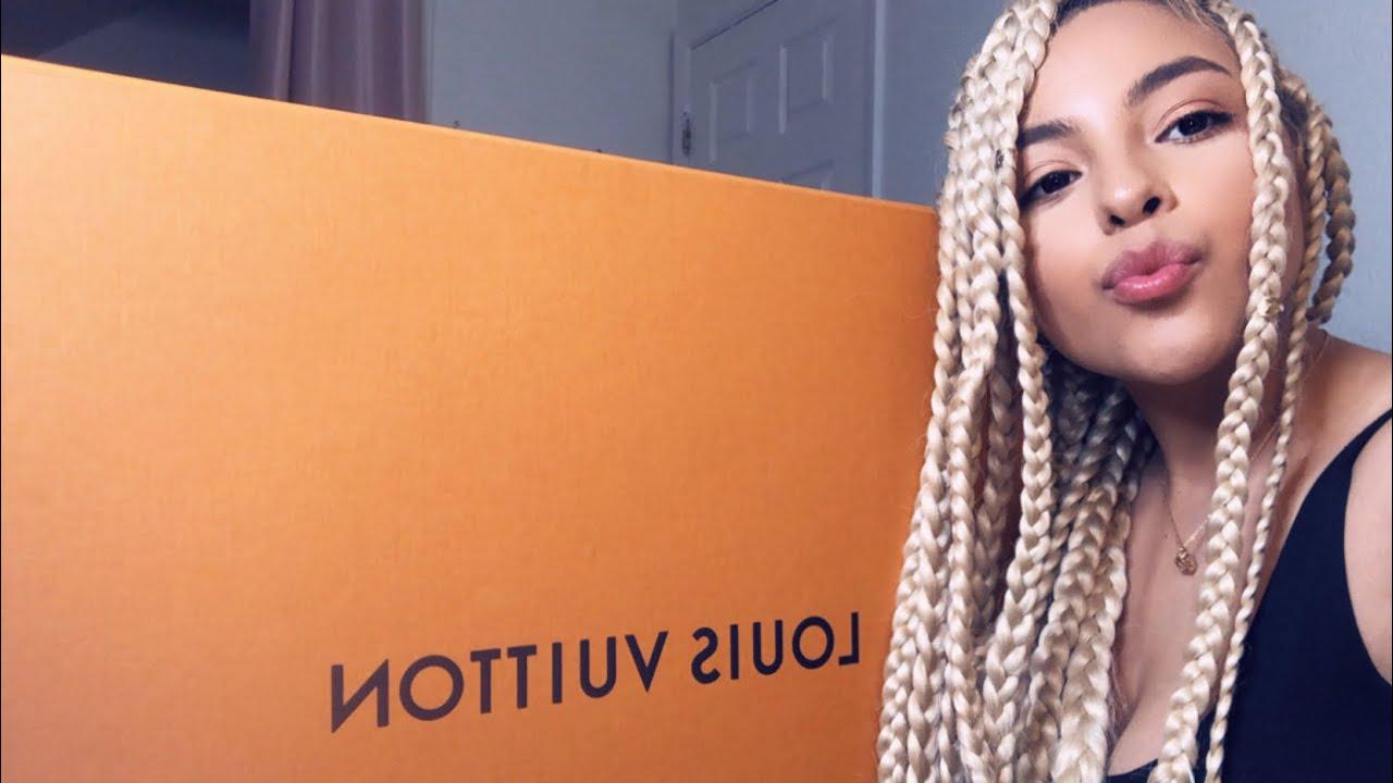 Download Luxury Unboxing Haul   Vlog   Chanel Liz