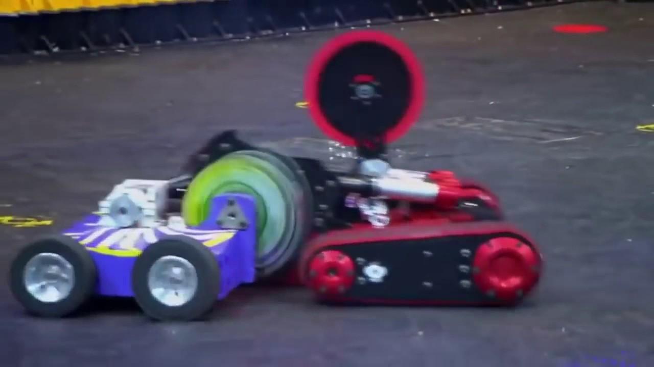 Robos Guerreiros Em Batalha Luta De Robos Battlebots Minotaur
