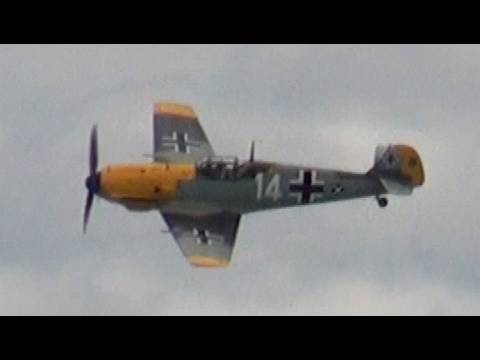 Messerschmitt Bf-109E - Original - Flying in 2010 (HD)