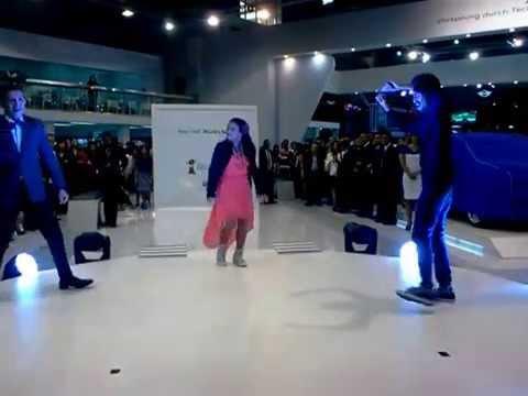 nicole-anggun-lestari-&-crew---hiphop-performance-in-jiexpo-2013-[vw-golf-launching]