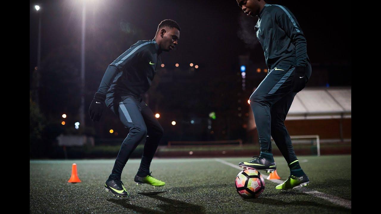 6dc893af0ecb GO Sport - Football - Test de la nouvelle Nike Mercurial CR7 - YouTube