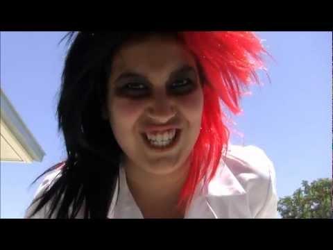 La Dentista Song (Funny Spanish Music Video w/Translation)