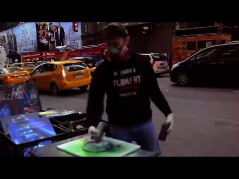 AMAZING New York City Spray Paint Art in Times Square