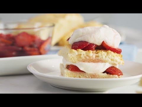 Easy Strawberry Shortcake Recipe | Yummy PH