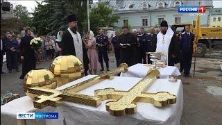 На храм Ильи Пророка в Костроме установили два креста