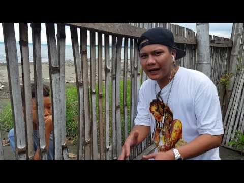 SMUGGLAZ thanks the young kid's rapping efforts in Davao City