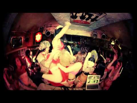 Boston Harlem Shake - EDM Dance Party Version at Throwed!