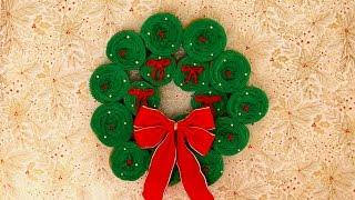 Creative Christmas Cupcake Wreath & Recipe | The Inspired Home