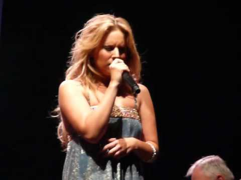 Lucie Silvas - I Can't Make You Love Me (Live)