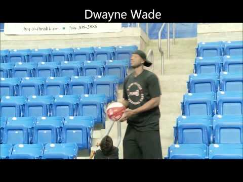 Dwyane Wade and Vince Carter showing off