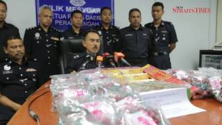 Police nab man ferrying RM2,300 worth of illegal fireworks