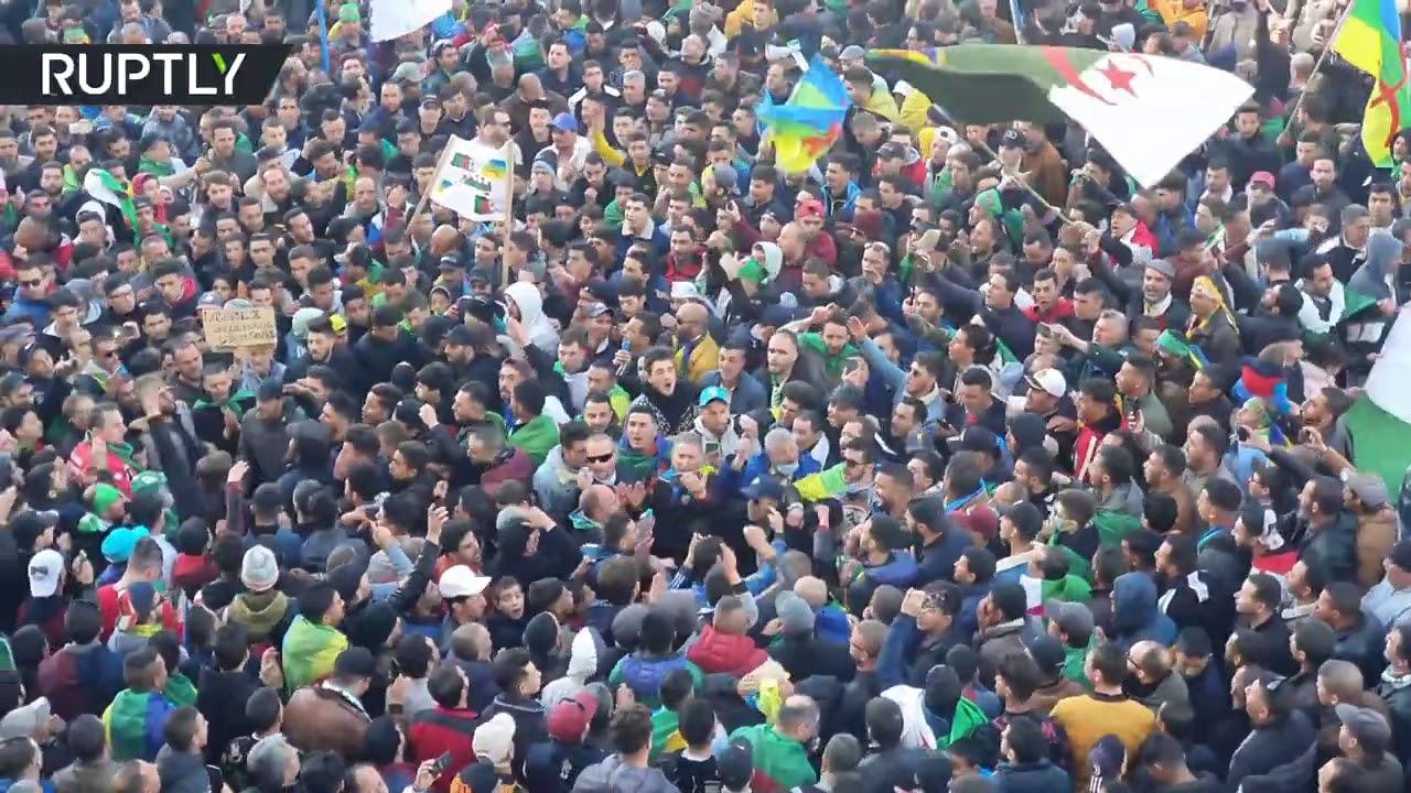 مسيرة احتجاجية حاشدة في خراطة الجزائرية  - 19:00-2021 / 2 / 17