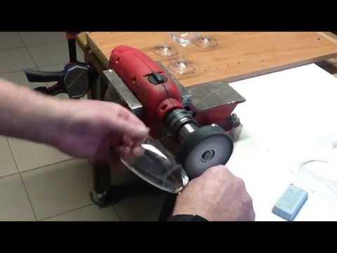 Comment supprimer les rayures sur les verres de table - Comment disposer les verres a table ...