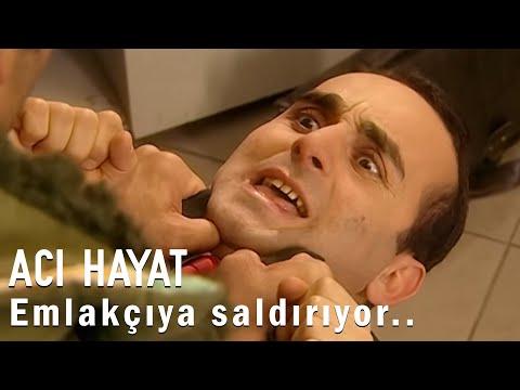 Mehmet Emlakçının Yakasına Yapışıyor - Acı Hayat 1.Bölüm