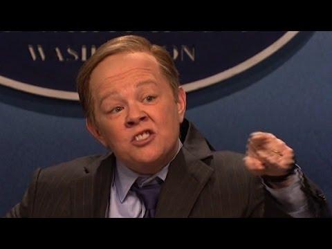Melissa McCarthy targets Spicer on 'SNL'