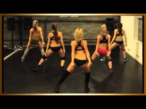 Сногсшибательные танцы попой сексуальных девушек Смотреть приятно!