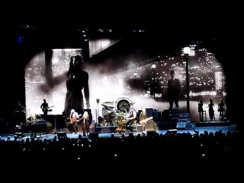 Fleetwood Mac - Gypsy (live) at The Palace of Auburn Hills 10.22.14