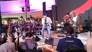 Noah Ku katakan dengan indah Live Akustik