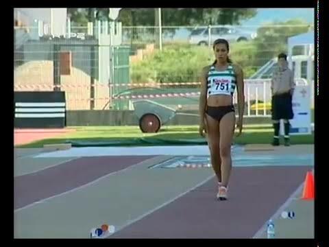 Atletismo :: Naide Gomes, campeã nacional do salto em comprimento em 2007