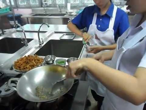 อาหารไทย : ขั้นตอนการทำครองแครงกรอบ