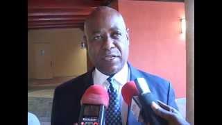 Le Ministre du Tourisme des Bahamas, Obediah Wilchcome, a mis l'accent sur la ...