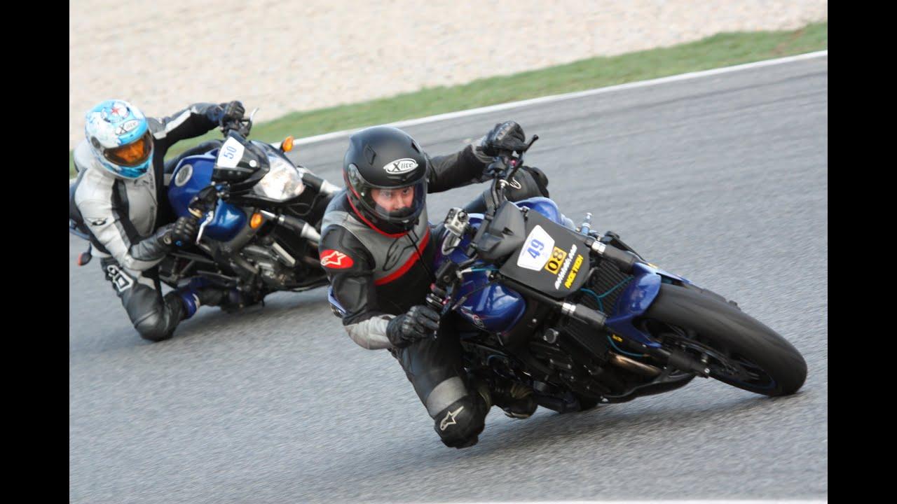 Circuito Montmelo Yamaha Fz6 Youtube