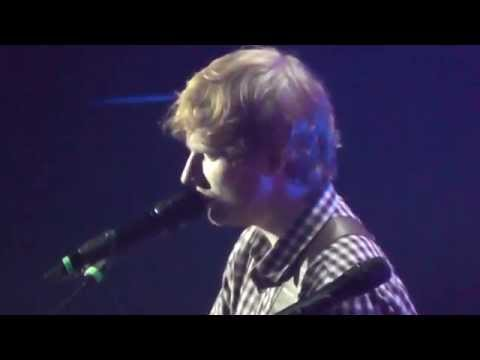 10/16 Ed Sheeran - Friends (Live @ Max-Schmeling-Halle, Berlin, 14.11.2014)