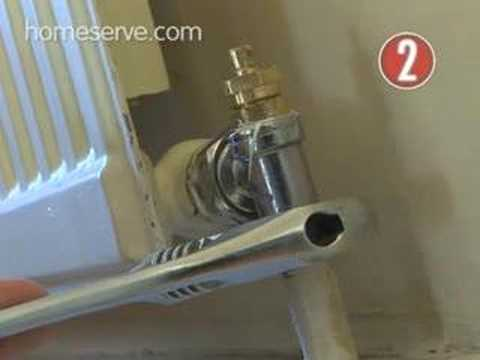 How To Replace A Damaged Radiator Valve - YouTube