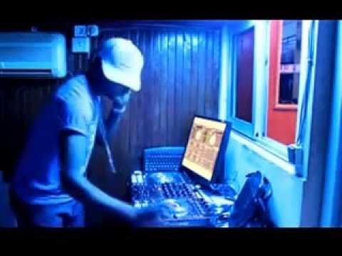 DJ CHRISTIAN BOBBY 1er DEMO-MIX OLDSHOLS