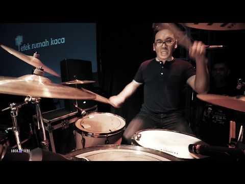 Efek Rumah Kaca (ERK) - Kau Dan Aku Menuju Ruang Hampa (Live at LocoFest 2017)