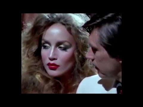 the BEAUTY of JERRY HALL l - her EYES at 1:46 - looking at Bryan Ferry !