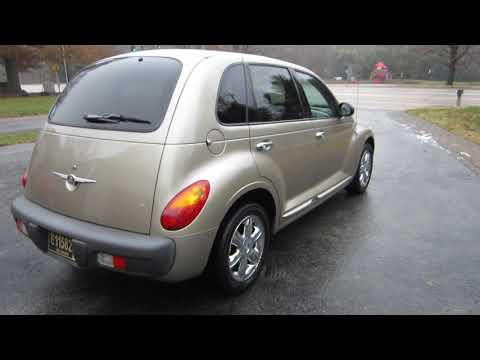** SUPER CLEAN INSIDE AND OUT !! ** 2002 CHRYSLER PT CRUISER 5-SPD ** FOR SALE !!