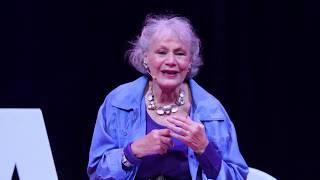 Voyages en impossible | Anne - France Dautheville | TEDxChampsElyseesWomen