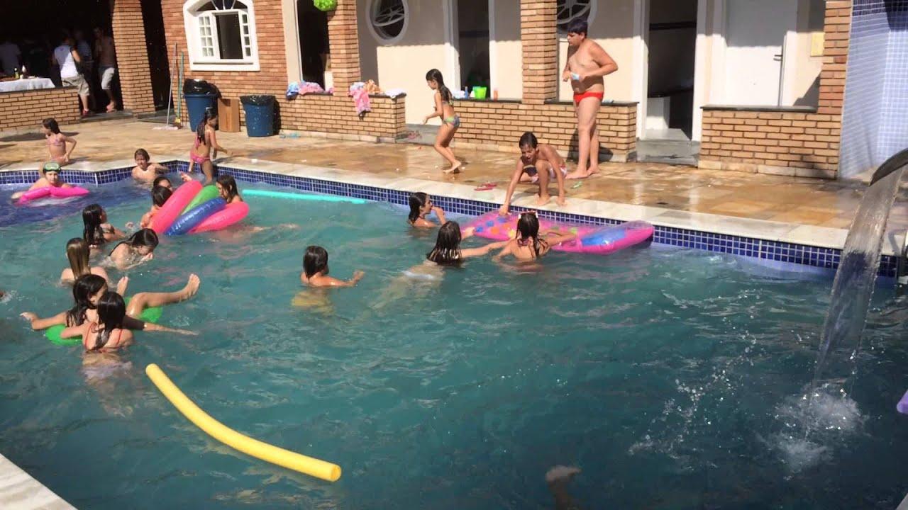 Espa o avelino vip festa infantil com piscina youtube for Piscina infantil