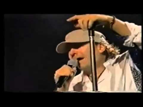 Vasco Rossi - Iive in Modena 2001 - Standing ovation