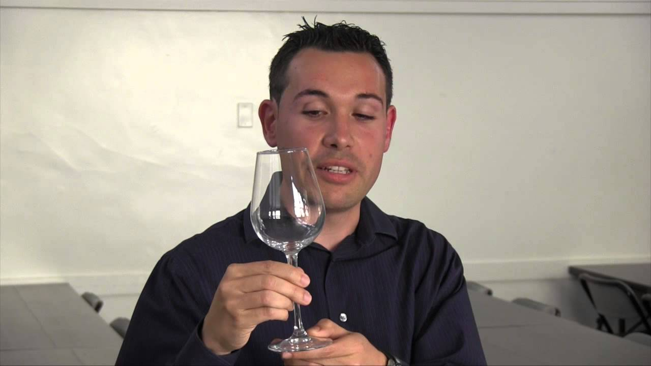 Ferran contell on the proper way to hold a wine glass youtube ferran contell on the proper way to hold a wine glass ccuart Gallery