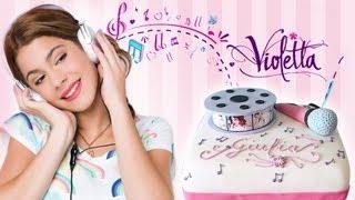 Torta di compleanno di Violetta con pasta di zucchero