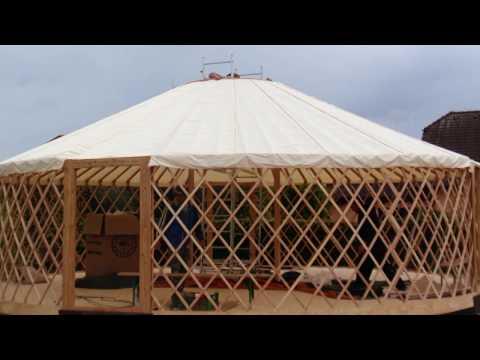 10/2016 - Stavba jurty / Yurt installation /    -  /  /