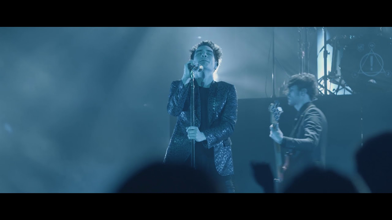 Panic! At The Disco - Nicotine (Live) [from the Death Of A Bachelor Tour]