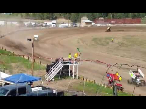 Eagle Track Raceway, driver catches air