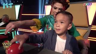 Con trai nuôi Thanh Thảo quấn quít theo mẹ trên phim trường