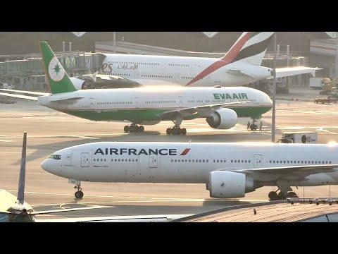 Hong Kong Airport Plane Spotting AUTUMN EVENING 2017