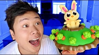Baixar IMPOSSIBLE JUMPING BUNNY CHALLENGE!!! (*FIRST ONE TO POP IT LOSES*)