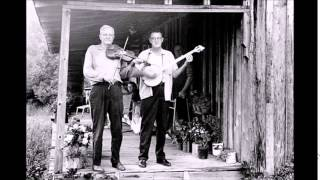 Tommy Jarrell and Fred Cockerham - Reuben